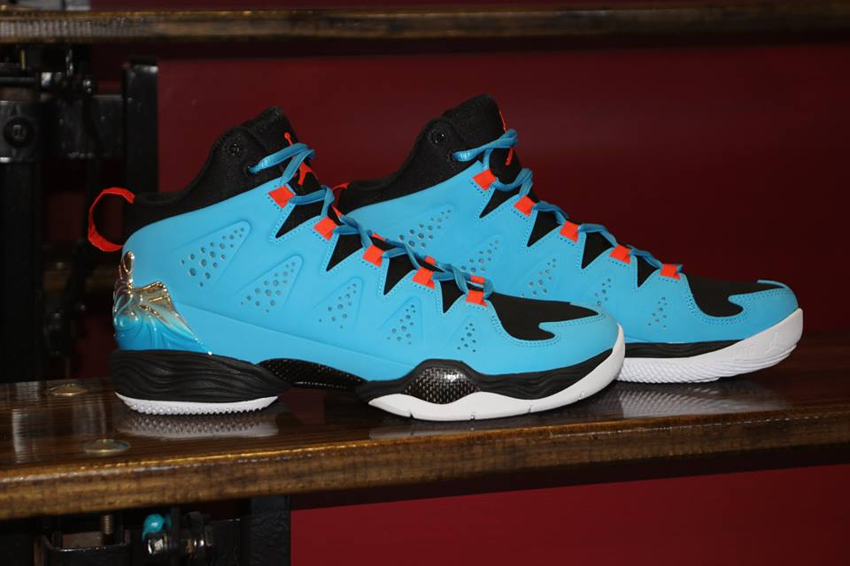 255dcc020f9 Jordan Melo M10 Performance Review » Starting5online